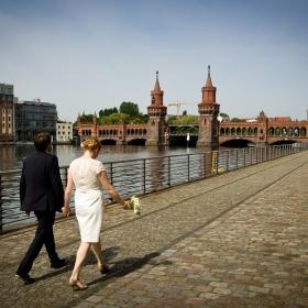 Brautpaar Spree Friedrichshain Fotos Hochzeit