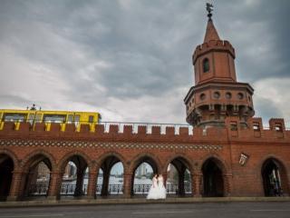 Hochzeit Oberbaumbrücke Berlin - Kreuzberg - Mike Bielski