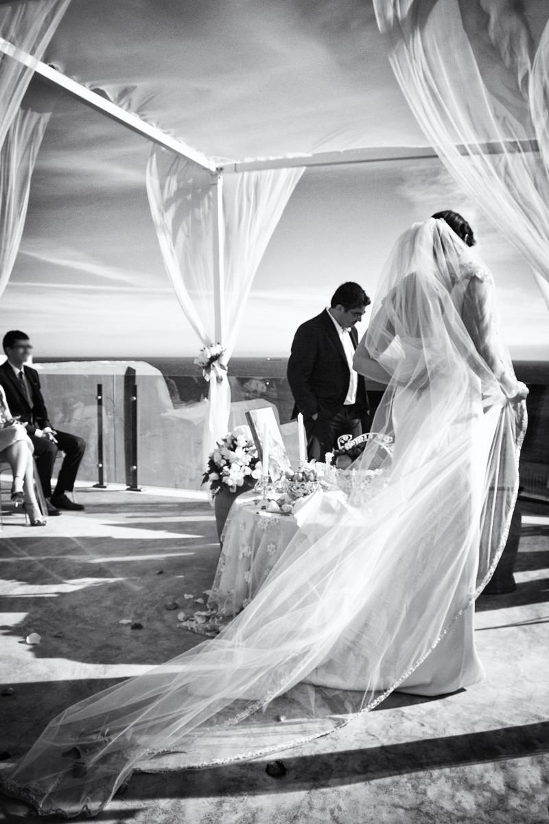 destination wedding dress - Hochzeit Portugal Hochzeitskleid Mike Bielski