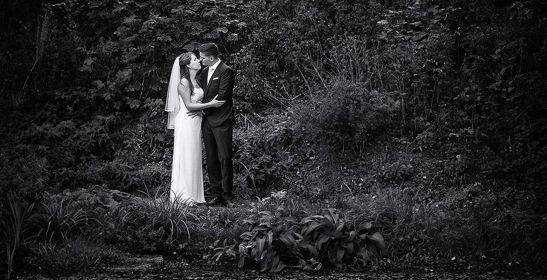 Hochzeitsfotos dunkel dark Natur schwarzweiß melancholisch